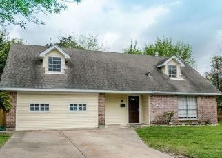 Sheriff Sale in Houston 77088 BEAVER BEND RD - Property ID: 70224841391