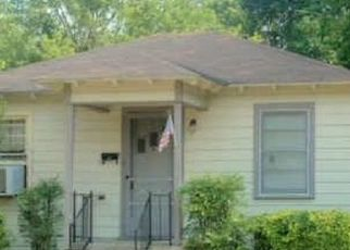 Sheriff Sale in Dallas 75227 RED BUD DR - Property ID: 70224873358