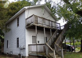 Sheriff Sale in Manistee 49660 6TH AVE - Property ID: 70227936556