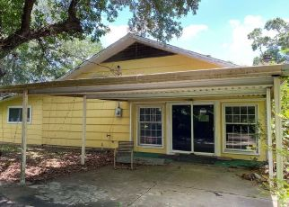 Sheriff Sale in Lake Jackson 77566 NARCISSUS ST - Property ID: 70228118755