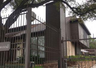 Sheriff Sale in Houston 77025 S BRAESWOOD BLVD - Property ID: 70228263282