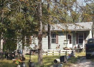Sheriff Sale in Honey Grove 75446 SAM HOUSTON RD - Property ID: 70229307861