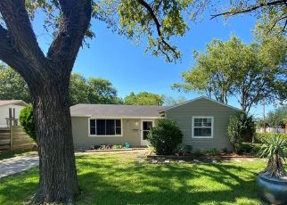 Sheriff Sale in Dallas 75228 HEALEY DR - Property ID: 70229577195