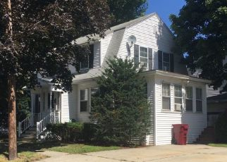 Sheriff Sale in Lowell 01851 RUTH ST - Property ID: 70229862771