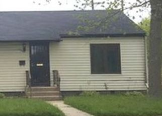 Short Sale in Dolton 60419 CLARK ST - Property ID: 6278681499