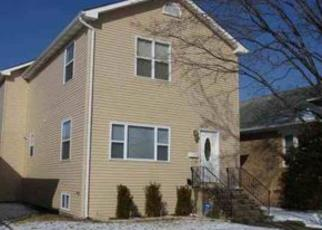 Short Sale in Elmwood Park 60707 N 73RD AVE - Property ID: 6285295343