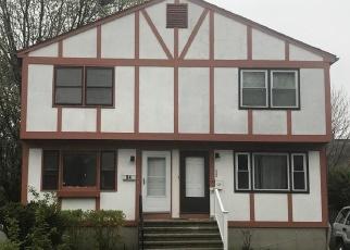 Short Sale in Bridgeport 06605 YACHT ST - Property ID: 6302980299