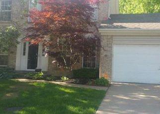 Short Sale in Florissant 63031 RHINEGARTEN DR - Property ID: 6311028962