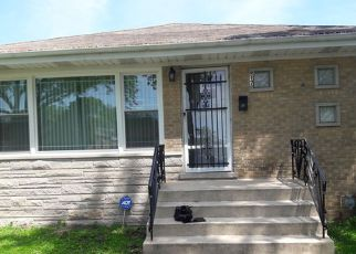 Short Sale in Bellwood 60104 RICE AVE - Property ID: 6311526484