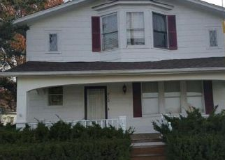 Short Sale in Glencoe 63038 OLD STATE RD - Property ID: 6318176235