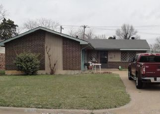 Short Sale in Oklahoma City 73159 SW 81ST PL - Property ID: 6320970969
