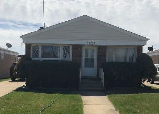 Short Sale in Franklin Park 60131 PANORAMIC DR - Property ID: 6321672592