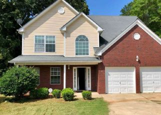 Short Sale in Riverdale 30274 KYLIE CT - Property ID: 6323214701