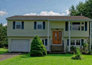 Short Sale in Waterford 12188 BARLEY CT - Property ID: 6323954882
