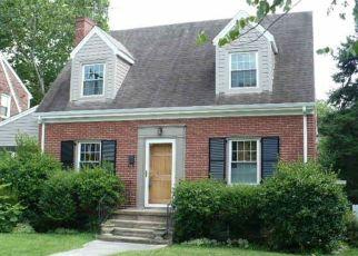 Short Sale in Roanoke 24015 ALBERTA AVE SW - Property ID: 6324576355