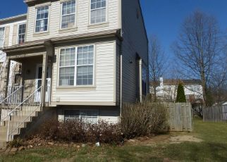 Short Sale in Leesburg 20176 BRIDLE CREST SQ NE - Property ID: 6324641172