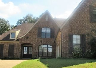 Short Sale in Memphis 38135 WELLS GROVE DR - Property ID: 6324841323