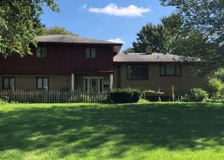 Short Sale in Youngstown 44514 LEMOYNE AVE - Property ID: 6325089219