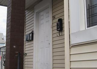 Short Sale in Newark 07107 S 14TH ST - Property ID: 6325119442