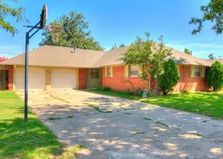 Short Sale in Bethany 73008 NW 24TH ST - Property ID: 6325199596