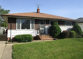Short Sale in Euclid 44132 BENTON AVE - Property ID: 6325237255