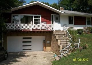 Short Sale in Strongsville 44149 WESTWOOD DR - Property ID: 6325258276