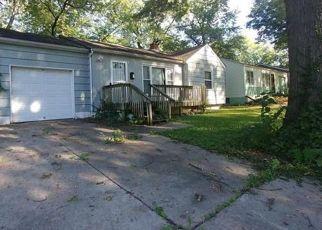 Short Sale in Kansas City 64131 FLORA AVE - Property ID: 6325522379