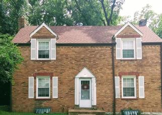 Short Sale in Saint Louis 63135 CARSON RD - Property ID: 6325535972