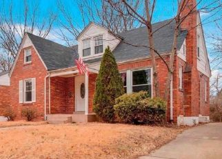 Short Sale in Saint Louis 63130 DARTMOUTH AVE - Property ID: 6325552152