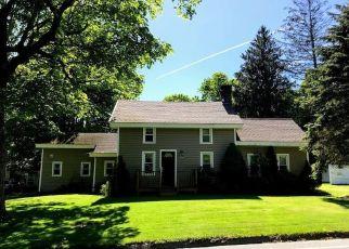 Short Sale in Monroe 06468 ELM ST - Property ID: 6325617418
