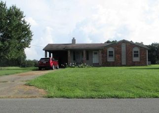 Short Sale in Mayfield 42066 W SLAUGHTER RD - Property ID: 6325650267
