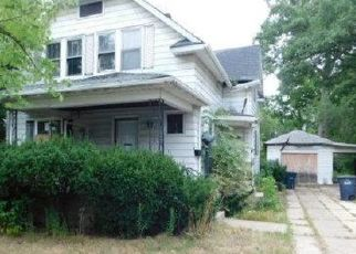 Short Sale in Michigan City 46360 HOLLIDAY ST - Property ID: 6325667795