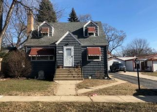 Short Sale in Midlothian 60445 RIDGEWAY AVE - Property ID: 6325763261