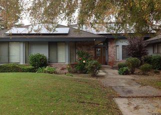 Short Sale in Bakersfield 93314 WESTBURY AVE - Property ID: 6326058460