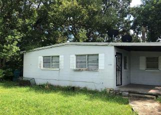 Short Sale in Orlando 32811 FERROW ST - Property ID: 6326244156