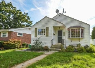 Short Sale in Allentown 18104 W ELM ST - Property ID: 6326331313