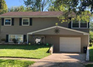 Short Sale in Merrillville 46410 TYLER CT - Property ID: 6326751785