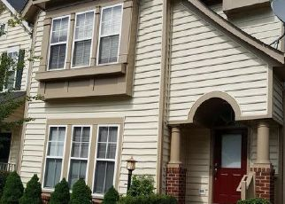 Short Sale in Lorton 22079 STONEGARDEN DR - Property ID: 6327216463