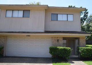 Short Sale in Tyler 75703 VILLA DR - Property ID: 6327272977