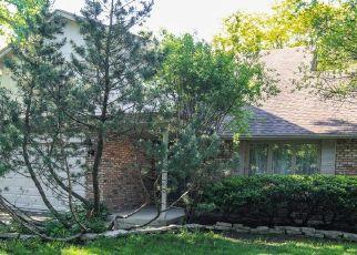 Short Sale in La Grange 60525 BIG BEAR DR - Property ID: 6327432832