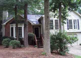 Short Sale in Powder Springs 30127 COUNTRY WALK DR - Property ID: 6327450338