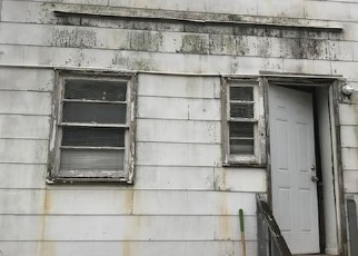 Short Sale in Hyattsville 20785 E FOREST RD - Property ID: 6327642619