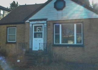 Short Sale in Cudahy 53110 E IONA TER - Property ID: 6327763496