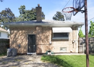 Short Sale in Bellwood 60104 RICE AVE - Property ID: 6327768309
