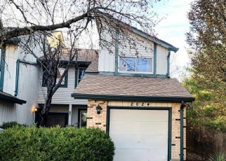 Short Sale in Maryland Heights 63043 SILENT SPRING DR - Property ID: 6327934304