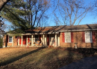 Short Sale in Chesterfield 63017 WHITE PLAINS DR - Property ID: 6327936944