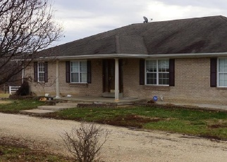 Short Sale in Wright City 63390 KLAUSMEIER RD - Property ID: 6327937815