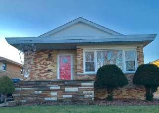 Short Sale in Evergreen Park 60805 S UTICA AVE - Property ID: 6327966719