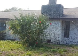 Short Sale in Edgewater 32141 WILLOW OAK DR - Property ID: 6327981610