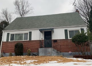 Short Sale in Oxon Hill 20745 DUNWOODY AVE - Property ID: 6328093285